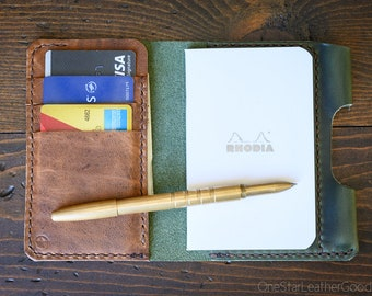 "Notebook/wallet/pen, ""Park Sloper Medium"" - Horween Chromexcel forest green / textured brown"