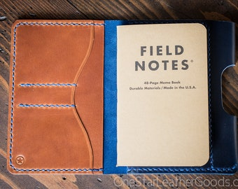 "Field Notes wallet with pen sleeve ""Park Sloper Senior"" Horween Chromexcel leather (fully stitched top) - blue / chestnut"