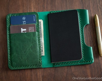 """Small notebook wallet and pen """"Park Sloper Junior"""" for Fisher Space Pen Bullet, Horween Chromexcel leather - green"""