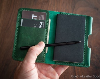 """Small notebook wallet and pen """"Park Sloper Junior"""" - Horween Chromexcel leather - green"""