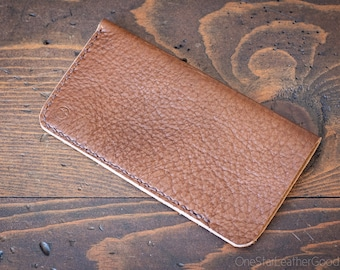 "iPhone 6/7/8 (4.7"") Hand Stitched Horween Chromexcel leather sleeve - textured brown"