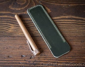 Pen Sleeve size large - hand stitched Horween Chromexcel leather - forest green