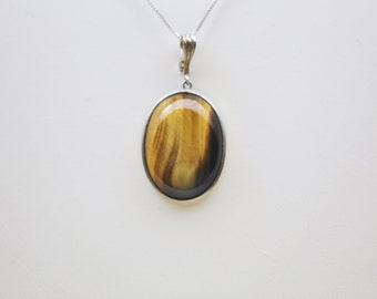 Natural Tiger Eye in 925 Sterling Silver