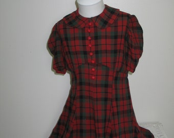 e6ed3b1d71ff Vintage Dress Mid Century Young Girls Red Green Red Green Tartan Plaid  Flannel