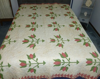 Antique TULIP Quilt / c1800s / Vintage / Hand Quilted-Hand Applique/ Flowers /  Apple Green
