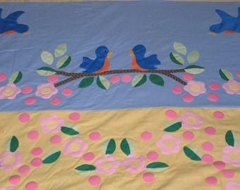 Charming Vintage Quilt Top-Flowers-Butterflies-Birds-Bees-Pieced & Hand Applique