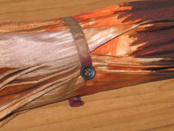 Vintage Umbrella / Parasol / Carved Wooden Handle… - image 6