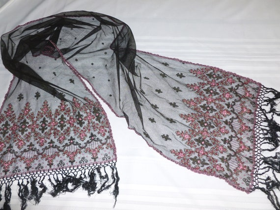 Amazing ANTIQUE Victorian Shawl - Silk Embroidered