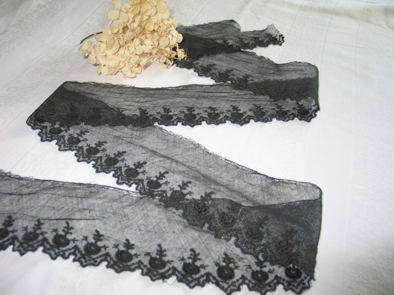 Antique Embroidered Silk Lace Black embroidered Lace on net 3 12W 53L-Clothing Sewing Children/'s Doll Costume