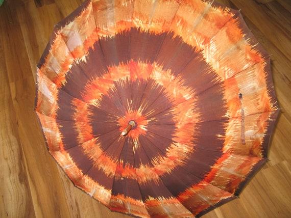 Vintage Umbrella / Parasol / Carved Wooden Handle… - image 8