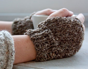 Hand-knitted mittens | fingerless gloves | organic wool