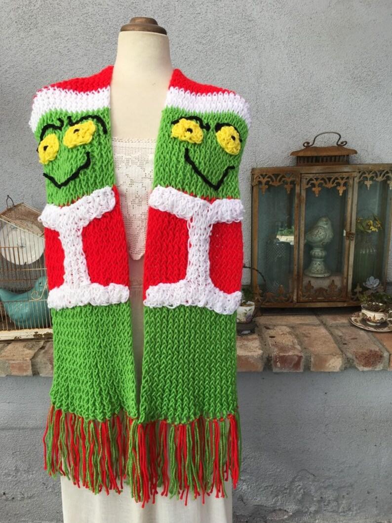 Grinch scarf