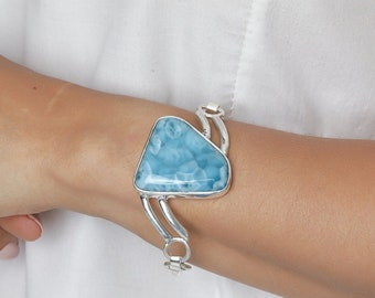 The Larimar Shop