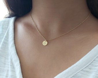 Disc Letter Necklace,Mother's Day Gift,Personalized Disc necklace,Delicate initial necklace,Gold Disc Necklace,Bridesmaid Necklace Gift