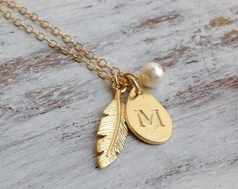 Gift for mom,Initial necklace,personalized necklace,custom jewelry gift,mother daughter necklace,feather necklace,gold necklace personalized