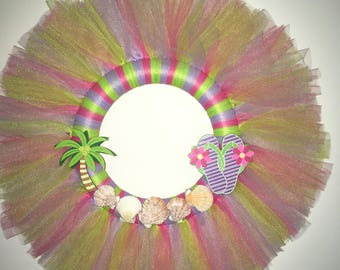 25b77a90be988 Summer Flip Flops and Palm Tree Tulle Wreath
