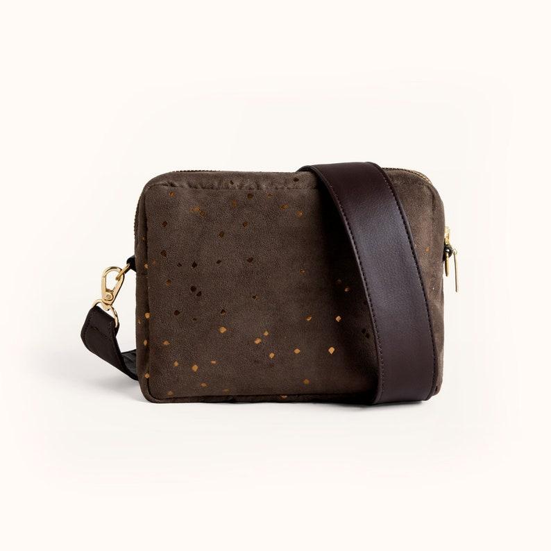 4405fd0be2 VENTE brun sac à bandoulière en cuir simili daim boîte sac   Etsy