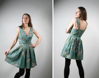 6cba9fbdd1ca 90s vintage boho summer cotton dress  indie style green floral print deep v  neckline pinafore dress S M