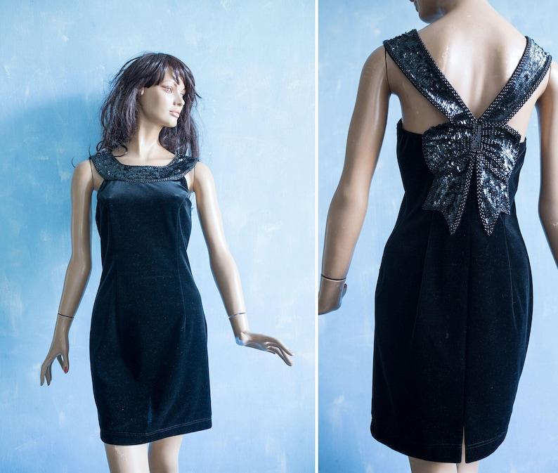 6f36940ab952 Vintage 90s Vera Mont French Designer Little black velvet