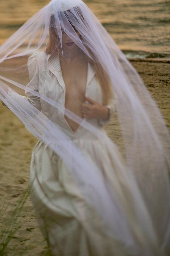 50s vintage woman bridal wedding veil/ creme color