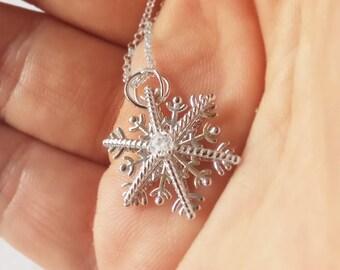 Snowflake necklace, Christmas snowflake charm, snowflake frozen charm necklace,snowflake star pendant