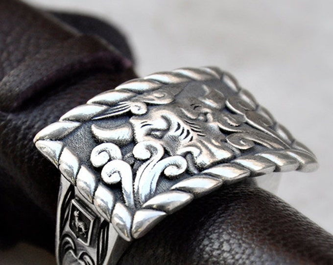 Taurus Sterling Silver Ring, Taurus Bull Head Ring, Bull Ring, Buffalo Bull Square statement ring