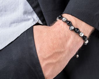 Black Faceted Onyx & Silver Scull unisex macrame silver beaded bracelet, black silver scull round onyx sizable macrame bracelet