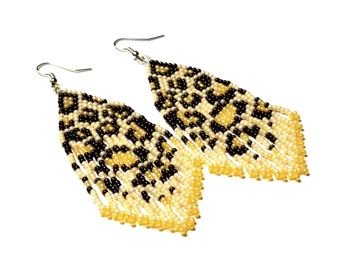 Leopard tassel beaded earrings, inspired by animal print fashion trend, seed beads jewelry by handmade perfect gift for women
