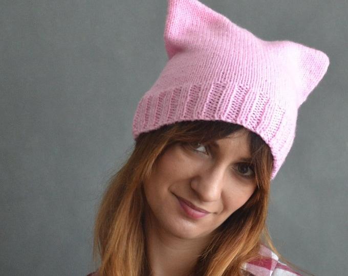Pink Pussyhat Cap Cat Hat Wool Acrylic hat Unisex cat hat Cat hat striations messy bun hat Custom pussyhat Pink pussyhat Mens cat hatines