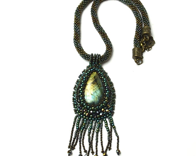green necklace with a labradorite stone, Unique necklace Gift for her Large necklace Green necklace Stone labradorite Feng Shui necklace