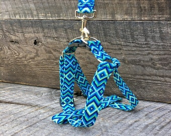 Blue Green & White Diamond step in harness