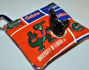 UF poop bag pouch
