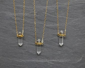 Quartz Necklace / Quartz Pendant / Gold Quartz Necklace / Crystal Necklace / Quartz Crystal / Layering Necklace