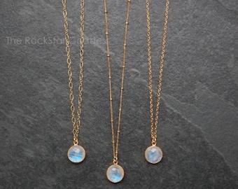 Gold Moonstone Necklace / Moonstone Pendant / Moonstone Jewelry / Moonstone / June Birthstone / Rainbow Moonstone