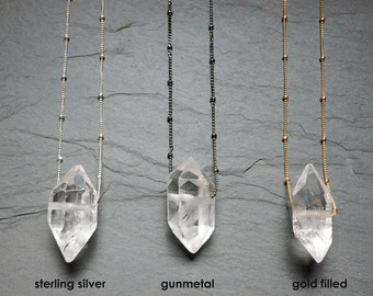 Quartz Necklace / Quartz Crystal Necklace / Satellite Chain / Gold Quartz Necklace / Silver Quartz Necklace / Clear Quartz Pendant