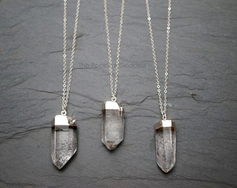 Quartz Necklace / Raw Quartz Necklace / Silver Quartz Pendant / Rough Quartz Necklace / Silver Quartz Jewelry / Natural Quartz Necklace