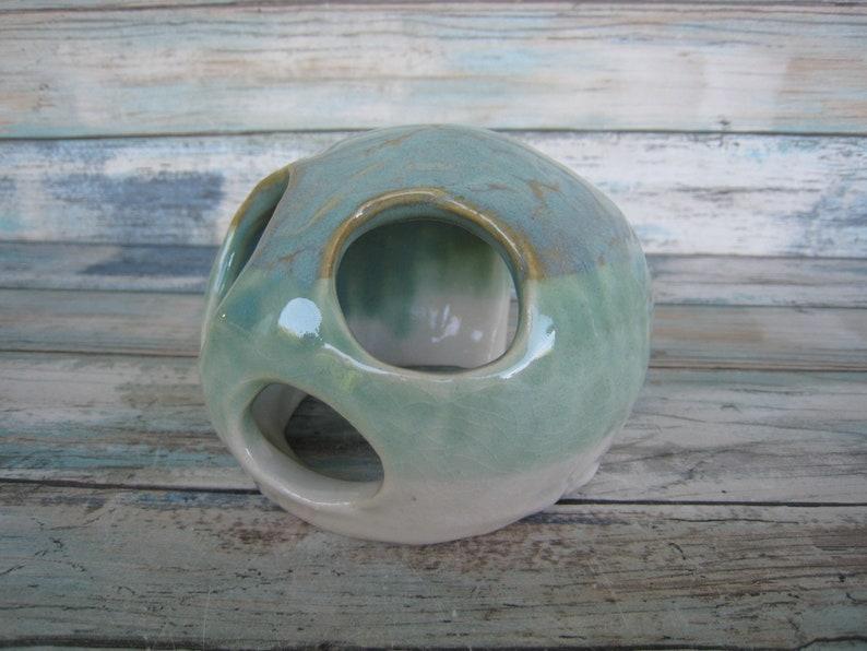 Toad House White and Turquoise Aquarium Decoration Modern Ceramic Fish Tank Decorations Aquarium Rock Cave Reptile Tank Decor