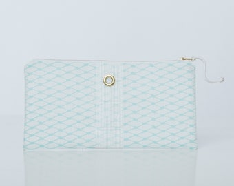Soothing Sea & White Clutch