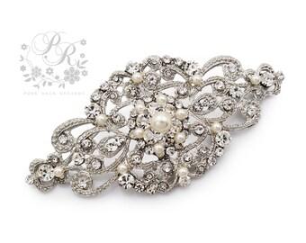 ce2e418b2 Wedding Brooch Swarovski Pearl Rhinestone Brooch Bridal brooch Wedding  Accessory Bridal Accessory Bridal Jewelry Bridesmaid Brooch Aimee