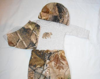 One of a kind Camouflage Baby Outfit, Camo Baby, Baby Hunting Gear, Real Tree baby, RealTree baby, Baby boy outfit, Baby hat, Bandanna Bib