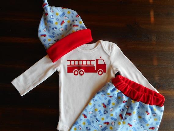 Tenue de bébé camion, tenue de bébé voiture police, tenue de bébé ambulance, camion de pompier Body, grenouillère de voiture de police, chapeau bébé sauvetage équipe feu camion de feu