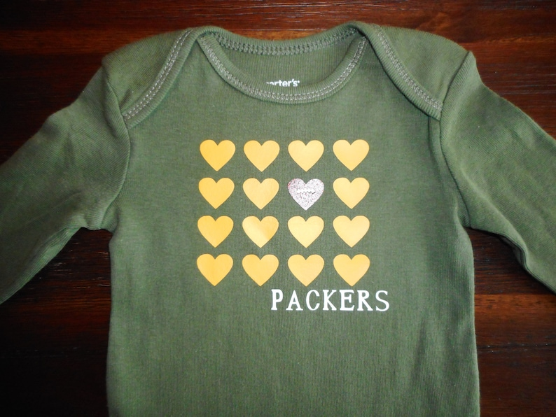 reputable site e4c84 13613 Green Bay Packers baby gift, Packers Baby shirt, Packers Football bodysuit.  Green Packers bodysuit with Football Heart, Packers Baby Gift