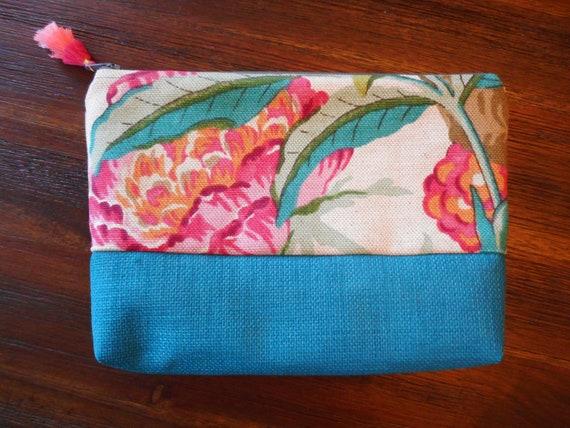 Hawaiian impression sac à cosmétiques, trousse de maquillage, trousse zippée doublé, poche zippée, pochette de voyage, voyage sac, trousse, pochette à maquillage, art recyclé