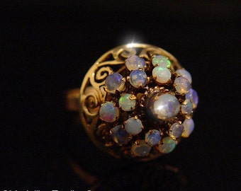 Vintage 1950's 18k Yellow Gold Filigree Blue Green Jelly Opal Layer Harem Ring Size 6.5