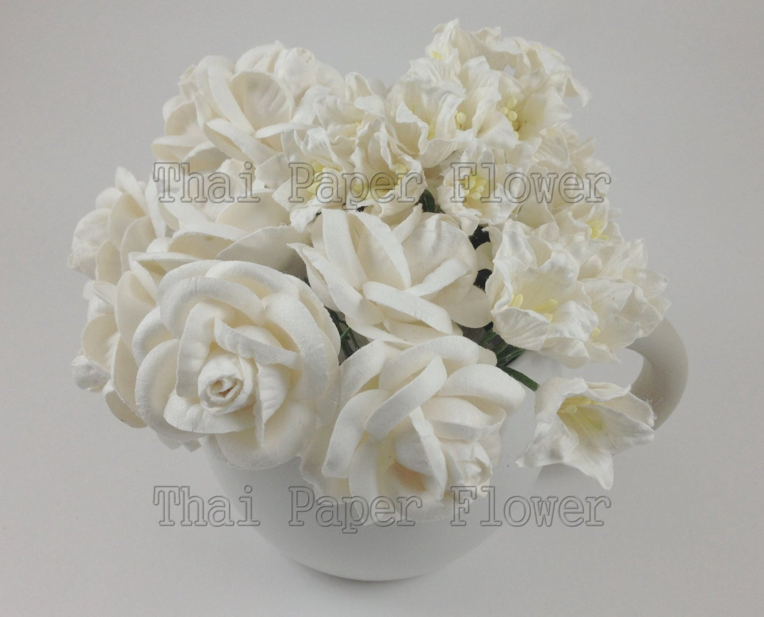 25 White Lilly And Roses Mulberry Paper Flowers Scrapbook Etsy