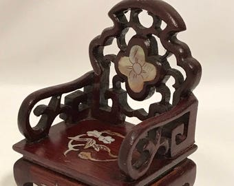 """Dollhouse Miniature 1"""" Scale Chinese Chair"""