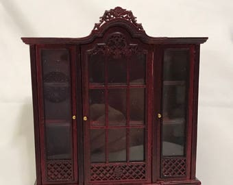 "Dollhouse Miniature 1"" Scale Mahogany Display Cabinet"