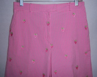 Vintage Lilly Pulitzer Pink White Green Gingham Embroidered Strawberry Strawberries Stretch Straight Leg Bermuda Walking Shorts 8