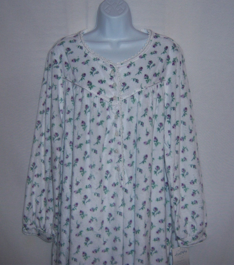 Vintage Lanz of Salzburg Purple Green Rosebud Print Fleece Nightgown Night Gown Large L Deadstock NWT NOS Sleep Victorian Edwardian Style