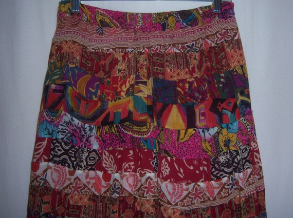 Size SML Vintage Indian Silk Taffeta Fuchsia Hand Painted Hem Gypsy Ball Gown Maxi Skirt